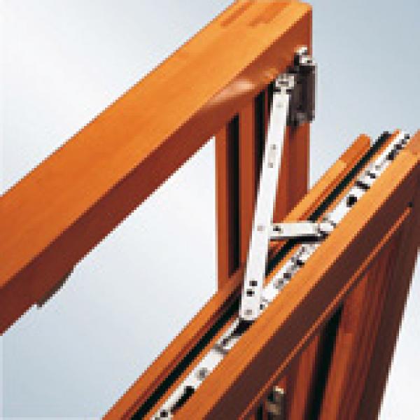 Herraje favorit si line construm tica for Herrajes para tejados de madera