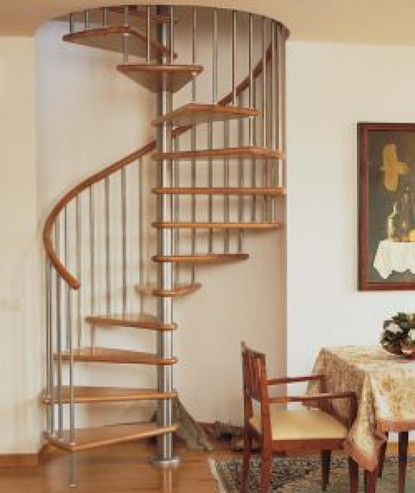 Escaleras de caracol construm tica for Escaleras para exteriores de madera