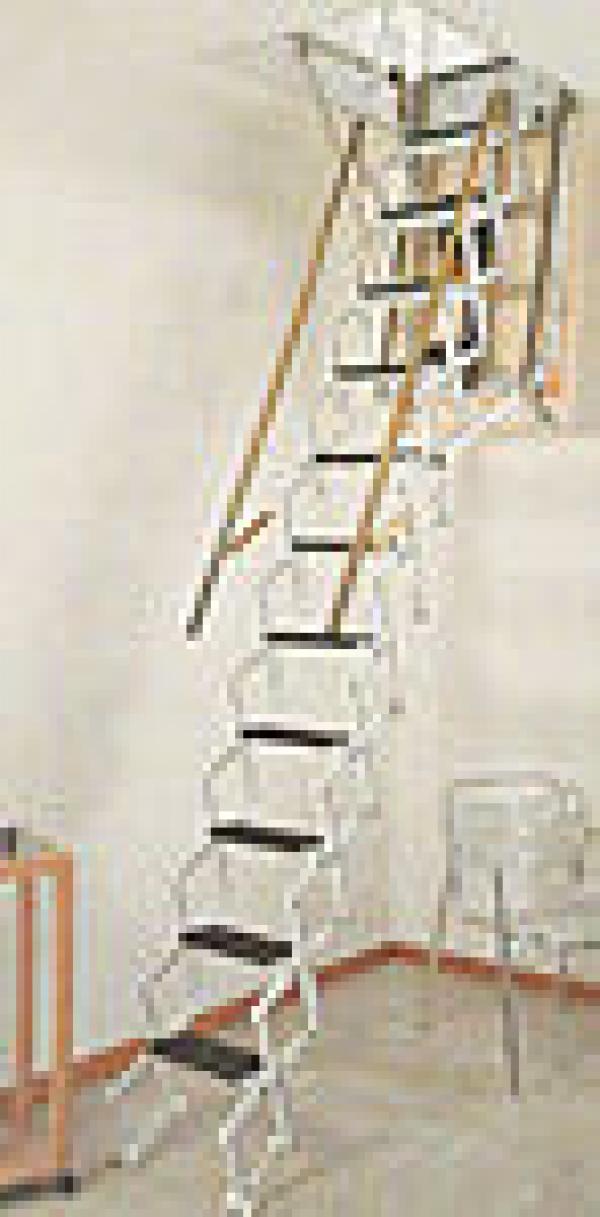 Escaleras de caracol construm tica for Escaleras para buhardillas plegables