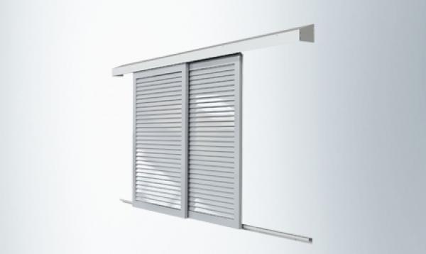 Sistema manual de puertas batientes herrajes de pinza for Puertas corredizas de metal