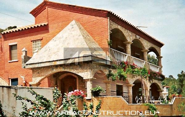 Construcci n casa r stica de piedra barcelona construm tica - Construccion de casas rusticas ...